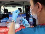 heboh-video-pria-malaysia-disuntik-vaksin-dosis-kosong-jadi-mau-kamu-apa-sekarang.jpg