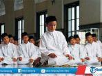 hukum-salat-tarawih-di-masjid-dan-salat-witir-di-rumah-saat-suasana-ramadan-2021.jpg