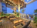 ilustrasi-10-rekomendasi-restoran-dan-kafe-rooftop-yang-cocok-untuk-kamu-nongkrong.jpg