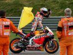 jadwal-motogp-2021-austria-marc-marquez-terimakasih-kepada-tim-dan-semua-teknisi-hrc.jpg