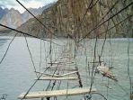 jembatan-paling-menakutkan-di-asia.jpg