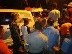 jenazah-korban-penembakan-di-register-45-mesuji-dipulangkan-ke-keluarga-di-desa-balinuraga.jpg