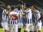 juara-italia-juventus-dan-portugal-fc-porto-berseteru-leg-kedua-16-besar-liga-champions.jpg