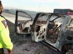 kecelakaan-di-tol-lampung-km-32a-mobil-ford-ranger-hangus-terbakar-tidak-ada-korban-jiwa.jpg