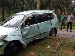 kecelakaan-di-tulangbawang-mobil-xenia-oleng-dan-terguling-2-kali-pengemudi-tewas-terlempar.jpg