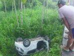 kecelakaan-maut-sedan-masuk-jurang-pengemudi-tewas-penumpang-luka-di-kepala.jpg