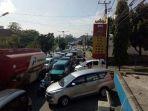 kemacetan-depan-kantor-tribun_20180426_094635.jpg
