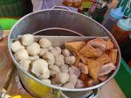 kuliner-lampung-bakso-tusuk-doli-doli-mulai-rp-1000-per-buah-bisa-pakai-kuah.jpg