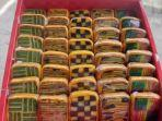 kuliner-lampung-mayang-sari-bakery-punya-legit-iris-anyaman-edisi-lebaran-rp-250-ribu-per-paket.jpg