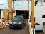 long-weekend-kendaraan-pribadi-di-pelabuhan-bakauheni-naik-33-persen.jpg