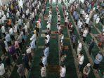 masjid-al-furqon-kembali-gelar-salat-jumat.jpg