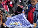 massa-aksi-di-bandar-lampung-kumpulkan-donasi-untuk-palestina.jpg
