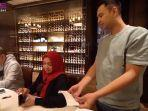 momen-mertua-artis-raffi-ahmad-bayar-tagihan-makan-50-karyawan-rans-entertainment-di-restoran-mewah.jpg