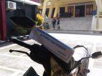 motor-parkir-di-halaman-polda-lampung_20180718_165117.jpg