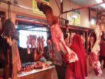 pedagang-daging-di-pasar-kalianda.jpg