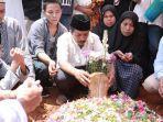 pemakaman-iqbal-uin.jpg