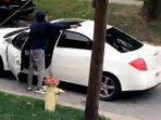 pengemudi-mobil-marah-karena-ditegur-jangan-ngebut-lalu-menembaki-anak-anak.jpg
