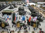 peralatan-militer-tentara-rusia_20160912_154816.jpg