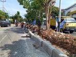 perbaikan-median-jalan-p-emir-m-noer.jpg