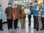 pln-salurkan-bantuan-oksigen-ke-sejumlah-rumah-sakit-di-jawa-tengah.jpg
