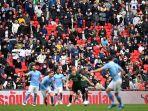 pm-inggris-pekan-depan-izinkan-pertadingan-sepak-bola-di-inggris-boleh-disaksikan-penonton.jpg