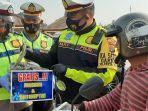polisi-ingatkan-pengendara-di-ruas-jalur-padat-wisatawan-kasatlantas-pandemi-belum-berakhir.jpg