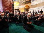 presiden-turki-recep-tayyip-erdogan-menghadiri-shalat-jumat-di-masjid-agung-hagia-sophia.jpg