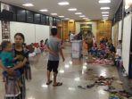 ratusan-warga-bandar-lampung-mengungsi-akibat-tsunami-2.jpg