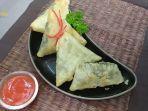 resep-samosa-daun-pepaya-cemilan-khas-india-yang-murah-meriah.jpg