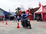 safety-riding-di-smk-pelita_20180429_153750.jpg