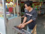 sate-kambing-dan-ayam-cak-mar-di-kelurahan-bandar-jaya-barat.jpg