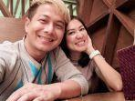 sosok-janda-kaya-calon-istri-delon-indonesian-idol.jpg