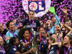 tim-perempuan-olympique-lyon-tampil-perkasa-dan-sukses-juarai-liga-champions-2019-20.jpg