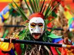 topeng-sekura-di-tapis-carnival_20150801_213150.jpg