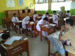 ujian-sekolah-di-sdn-teladan_20170515_135205.jpg