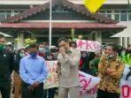 video-viral-anggota-dprd-tak-hafal-pancasila-ditertawai-mahasiswa-pendemo.jpg