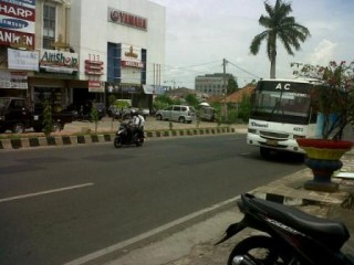 Memasuki Februari Bus Damri Tetap Operasi