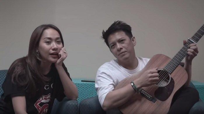 Chord Gitar Menghapus Jejakmu - Ariel NOAH feat BCL: Jalan Pikiranmu Buat Ku Ragu