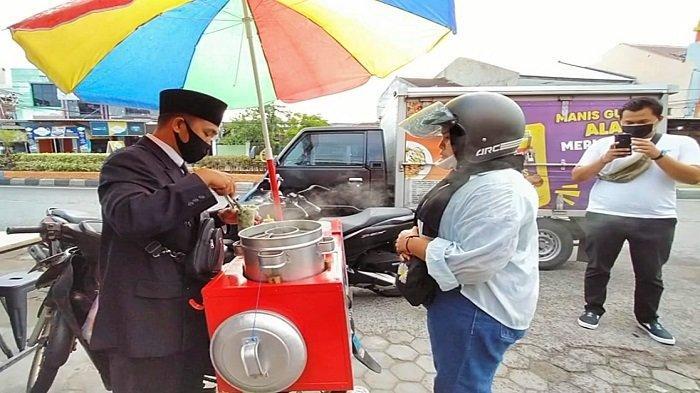 Kisah Pedagang Cilok Pejabat Viral di Mataram, Ditelepon Menteri hingga Dicari Ibu-ibu Ngidam