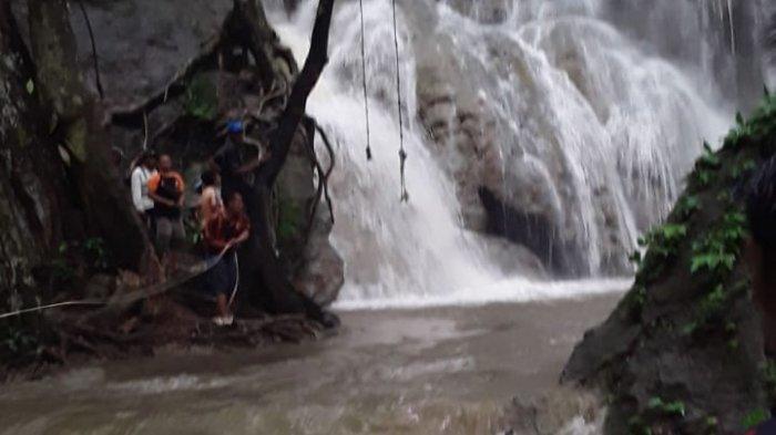 Mandi Bersama 2 Teman, Mahasiswi Sumbawa Tenggelam di Air Terjun Kalela