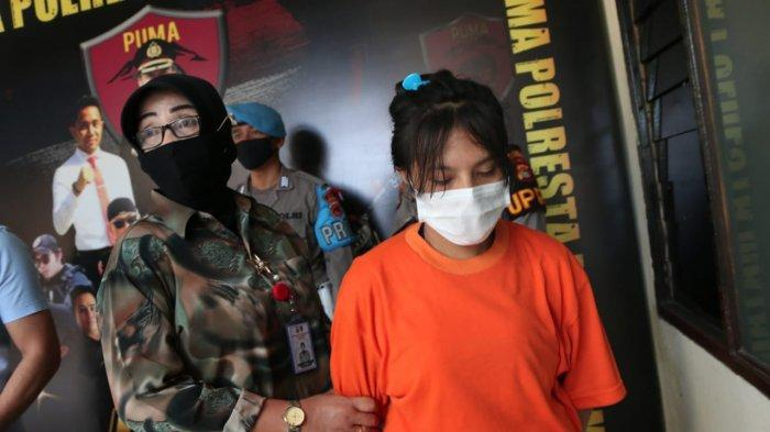 Cakar Wajah Emak-emak, Mantan Karyawan Kafe di Mataram Ditangkap Polisi