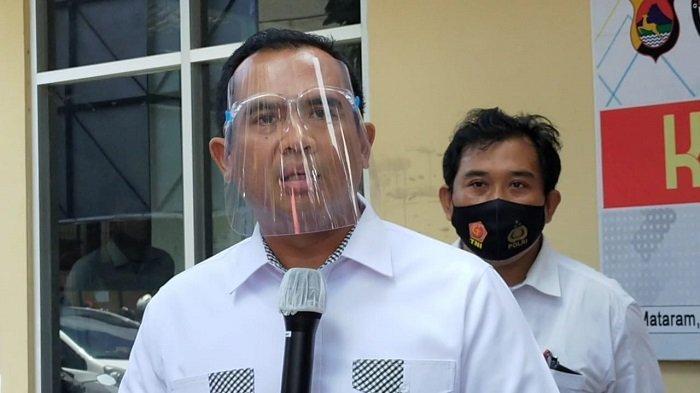 Dirreskrimum Polda NTB Kombes Pol Hari Bratasaat jumpa pers