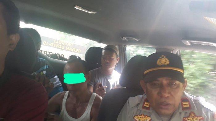 DITANGKAP: Seorang bapak yang menghamili anak kandung ditangkap polisi, Selasa (16/2/2021).