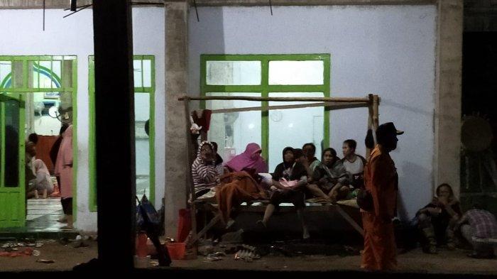 MENCEKAM, Detik-detik Rumah Warga Hanyut saat Banjir Menerjang Dompu