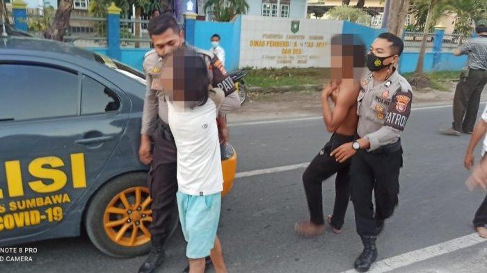 Setelah Teguk Miras Bersama, Dua Pemuda Sumbawa Berkelahi di Pinggir Jalan