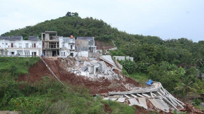 Detik-detik Rumah Mewah Rp 1,7 M Roboh karena Longsor Terekam, Pihak CitraLand Siap Ganti Rugi