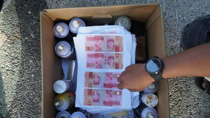 Pecatan Polisi di Lombok Barat Digerebek saat Asyik Cetak Uang Palsu di Rumahnya