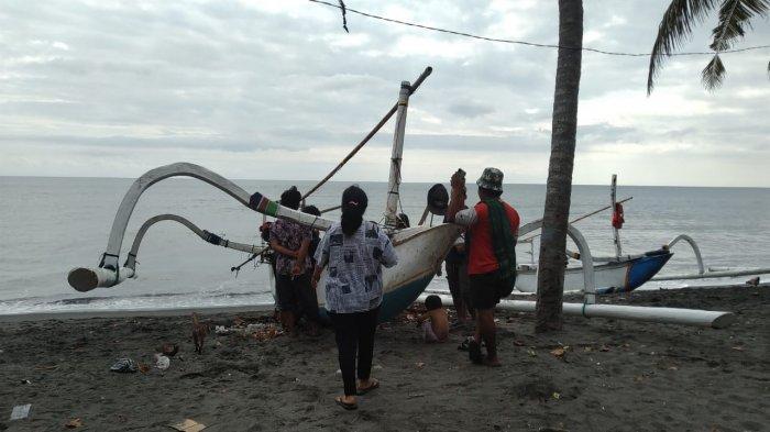 Mesin Mati di Tengah Luat, Dua Orang Nelayan di Mataram Selamat dari Maut