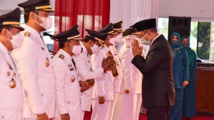 Gubernur NTB Lantik 6 Kepala Daerah Terpilih, Adiknya Sendiri Belum Bisa Dilantik