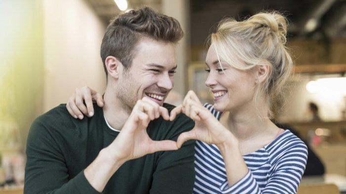 7 Tanda jika Seseorang Menyukaimu, di Antaranya Dia Menyatakan Bahwa Dirinya Lajang